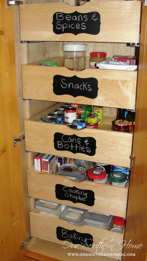 organized-pantry