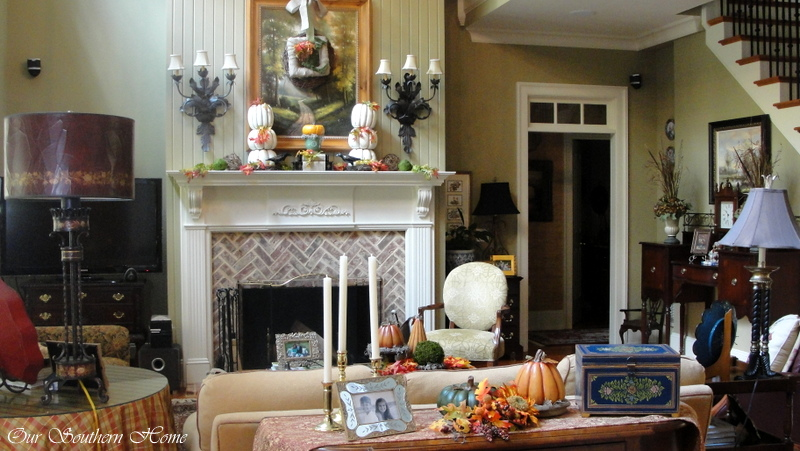 fall-family-room
